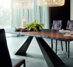 Стол обеденный Eliot Wood фабрика Cattelan Italia