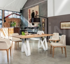 Стол обеденный Butterfly фабрика Tonin Casa