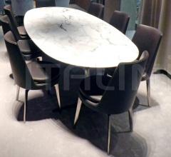 Овальный стол Fly фабрика Flexform