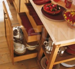 Кухня Castagno cipria decape фабрика Antares Cucine