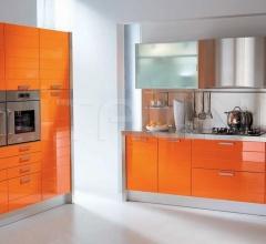 Кухня Modula arancio фабрика Tomassi Cucine