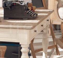 Письменный стол DB001709 фабрика Dialma Brown