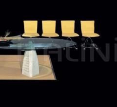 Стул с подлокотниками Kuma фабрика IL Loft