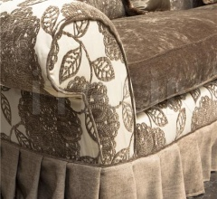 Трехместный диван BROCANTE фабрика Mantellassi 1926