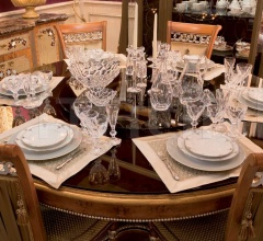 Круглый стол CORA фабрика Mantellassi 1926