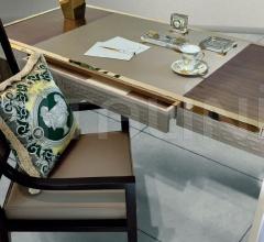 Письменный стол VIA GESU' фабрика Versace Home