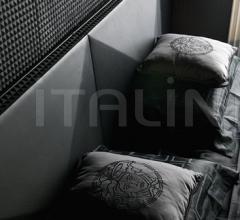 Кровать PIRAMIDE фабрика Versace Home