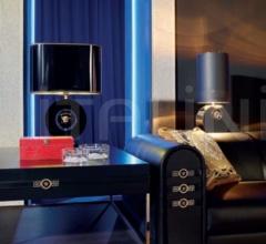 Столик VERSACE SIGNATURE фабрика Versace Home