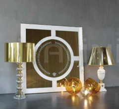Настенное зеркало SATURN фабрика Versace Home