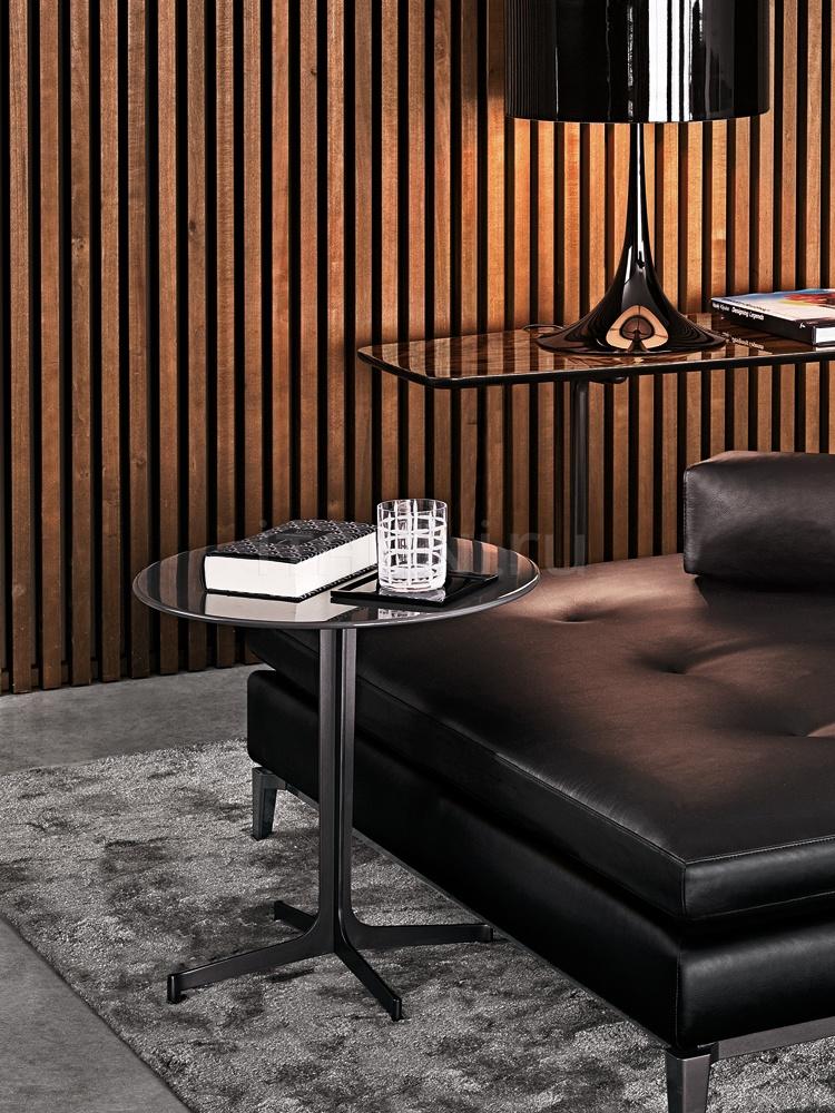 Кофейный столик Clyfford Minotti