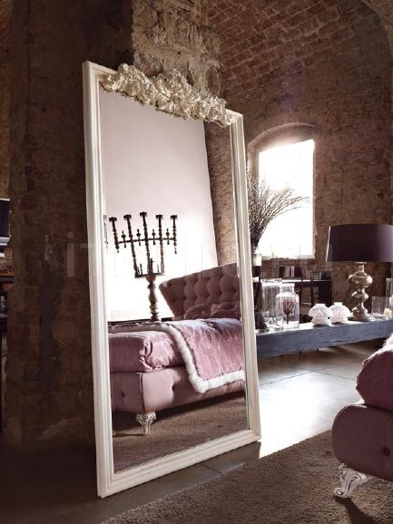 Настенное зеркало 3009 Volpi