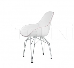 Diamond Dimple Tailored Chair