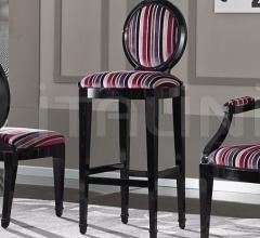 Luxury classic chairs, Art. 3226: Stool