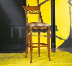 Luxury classic chairs, Art. 3050: Stool