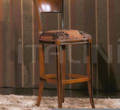 Luxury classic chairs, Art. 3030: Stool