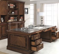 Executive desk (Merlin)