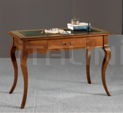 Putignano Desk