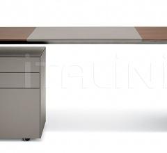 Итальянские письменные столы - Письменный стол C.E.O. Cube фабрика Poltrona Frau