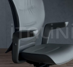 Итальянские кабинет - Кресло Brief фабрика Poltrona Frau