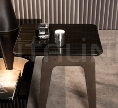 Столик Kirk Jut Out Top фабрика Minotti