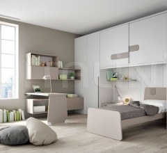 Bedroom with overbed unit 16