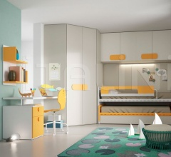 Bedroom with overbed unit 21