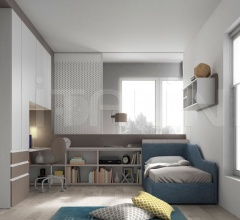 Bedroom with free-standing bed 03