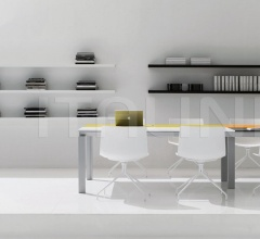 Han meeting table width 5200mm with lacquered tops.