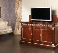 Armadio classico Settecento con interni in legno