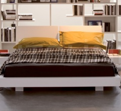 Lever bed