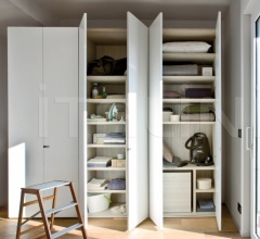 Soft door for hinged wardrobe