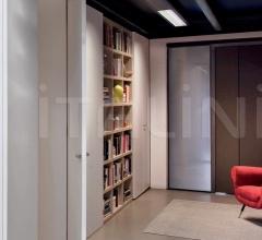 Door passage for wardrobe