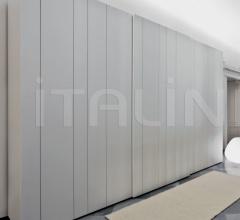 Signal door for sliding wardrobe