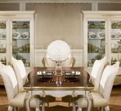 1067 Display cabinet