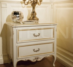 1063 Bedside table