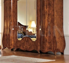 Шкаф гардеробный 2001 фабрика Signorini & Coco