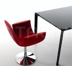 chair Noah