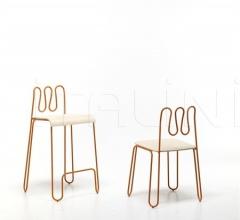 chair Osvaldo