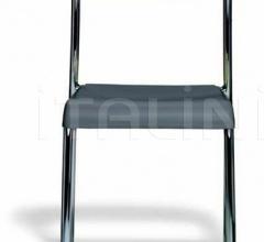 chair Paola