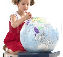 """Bimbi"" educational coloring globe"