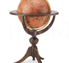 "Classic globe on tripod wooden stand ""Odissea"""