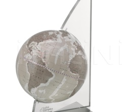 """Vela"" desk globe on plexiglass frame - Warm Grey"