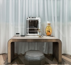 Туалетный столик Wright фабрика IPE Cavalli (Visionnaire)