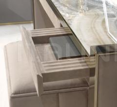 Туалетный столик Lafitte фабрика IPE Cavalli (Visionnaire)