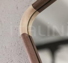 Итальянские предметы интерьера - Настенное зеркало Ops 1 фабрика Porada