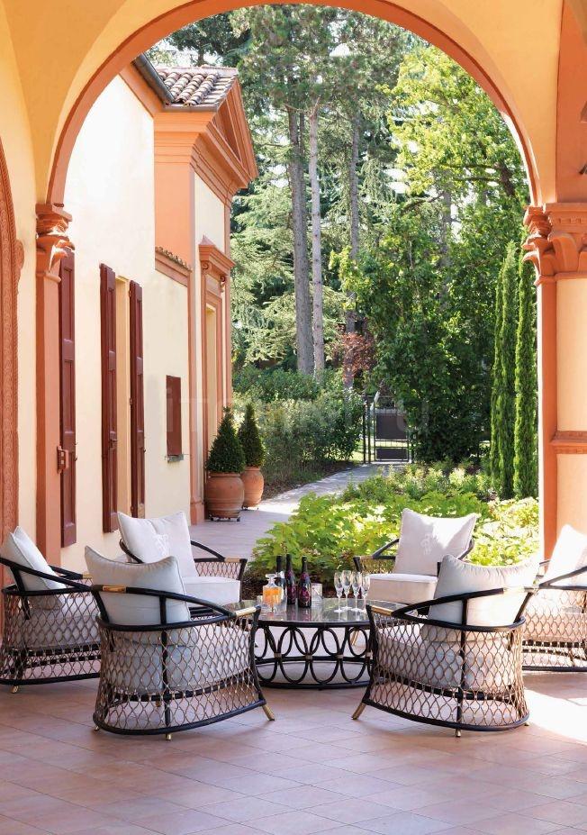 Кофейный столик Oberto IPE Cavalli (Visionnaire)