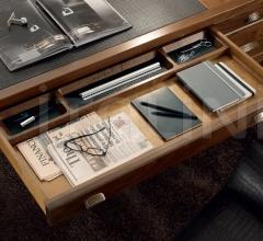 Письменный стол 8040 фабрика Bruno Piombini