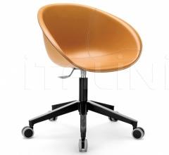 Кресло Gliss 966/F фабрика Pedrali