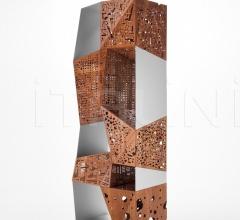 Книжный стеллаж Riddled Totem фабрика Horm