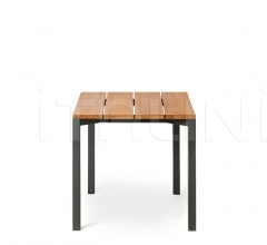 LIGHT PIER 008 table